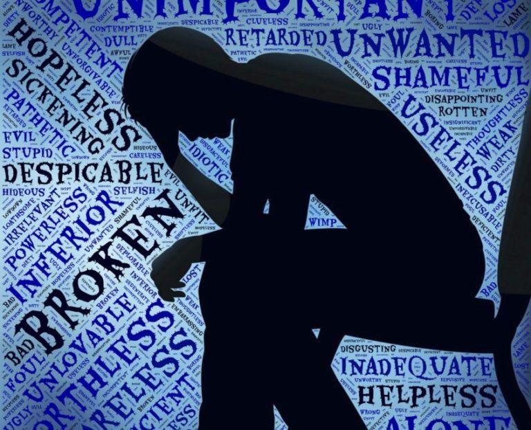 Disturbi psicosociali, operatori sanitari in prima linea tra i più a rischio. Formazione e comunicazione contro lo stress